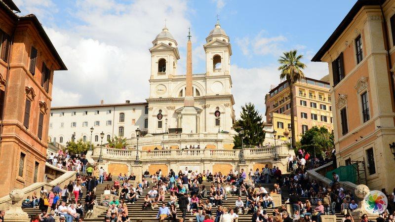Roma gezilecek yerler, İspanyol Merdivenleri