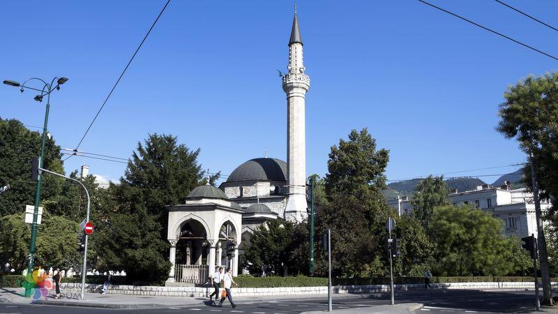 Saraybosna gezilecek yerler Ali Paşa Camii
